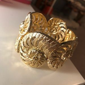 Lilly Pulitzer Gold Shell Cuff